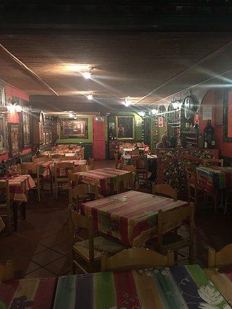 Lucios Pizzeria: photo3.jpg