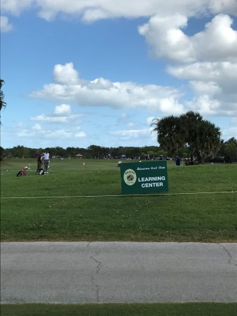 Expansive facility with Golf scool - Picture of Abacoa Golf Course