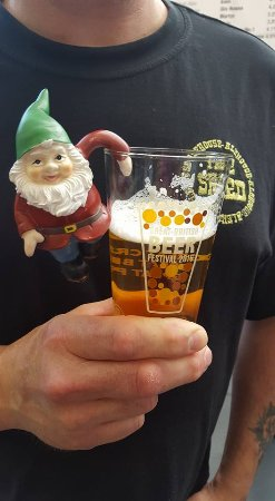 Pewsey, UK: Gnomad our travelling Gnome enjoys the Great British Beer Festival