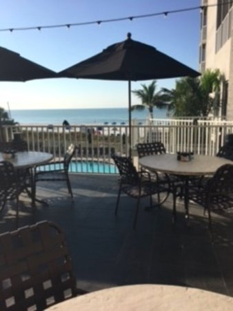 DiamondHead Beach Resort: From the outside breakfast area