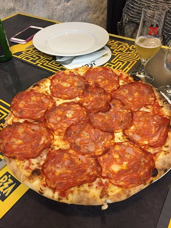 pizza taxi vevey restaurant avis num ro de t l phone photos tripadvisor. Black Bedroom Furniture Sets. Home Design Ideas