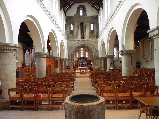 Πίτερσφιλντ, UK: St Peters church Petersfield Hampshire