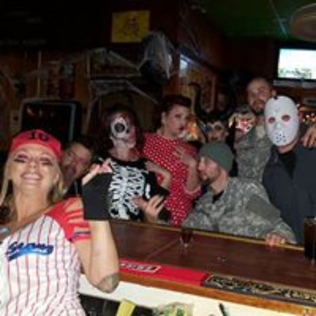 Elkhorn, WI: Sports Page is the place to be for Halloween