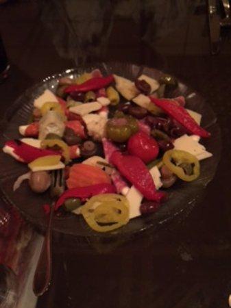 DeFina's Italian Restaurant: Antipasto platter