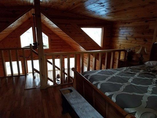 Wildcat Cabin Loft Bedroom 2 Picture Of Red River
