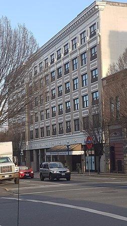 Фотография BEST WESTERN PLUS Carlton Plaza Hotel