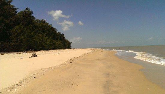 Pak Phanang, Tailandia: menschenleerer Strand