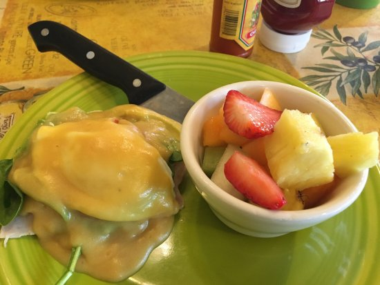 Rocklin, Kalifornia: 1/2 portion of Eggs Benedict