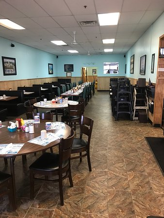 Plymouth, Индиана: Castaways Family Diner
