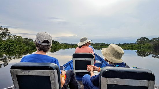 Amazonia Expeditions' Tahuayo Lodge: Group excursion