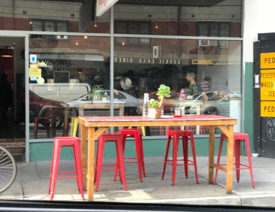 Thornbury, Australia: Outdoor seating
