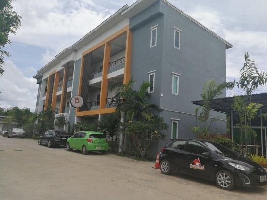 Ban Suan Dokmai