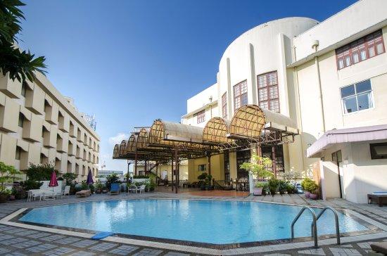Royal Rattankosin Hotel