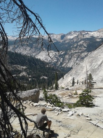 Yosemite High Sierra Camps: Resting, from Merced Lake to Vogelsang