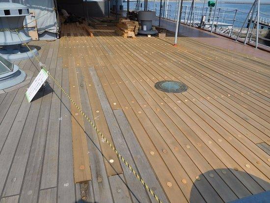Wood deck. 張替え工事が終わっ...