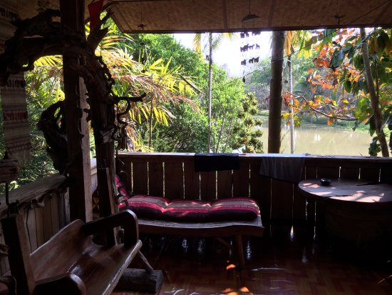 Baan Suan Jantra Home Stay: A lovely seating area for enjoying the natural sounds of the area as part of the room.