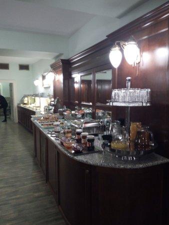 Hotel Liberty: Buffet colazione