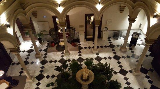 Hotel Palacio de Villapanes : 20170327_223823_large.jpg