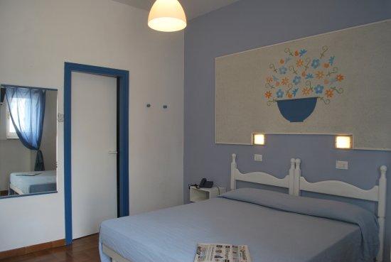 Hotel Villaggio Plaia: Camera standard