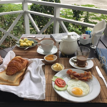 The BelleRive Boutique Hotel: Very good breakfast!