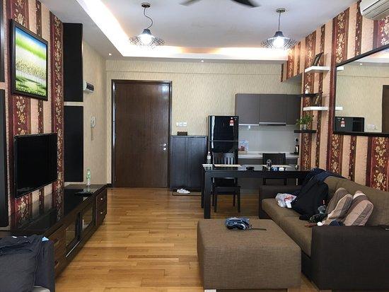 瑞嘉利亞套房公寓