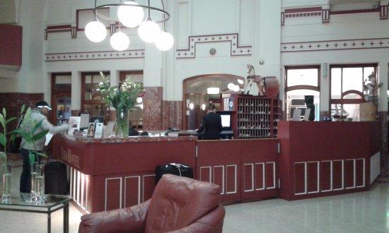 Es el hall del hotel photo de rho hotel amsterdam for Rho hotel amsterdam