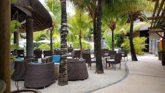 Emeraude Beach Attitude: 20170325_105009_large.jpg