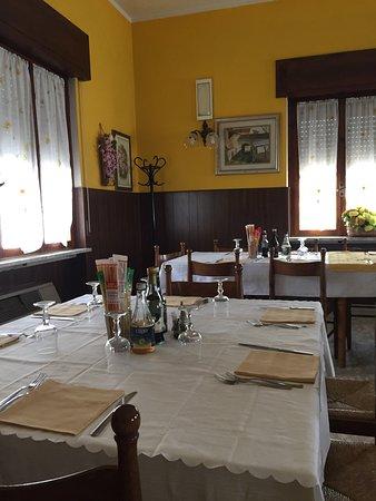 Grezzana, Italia: sala grande