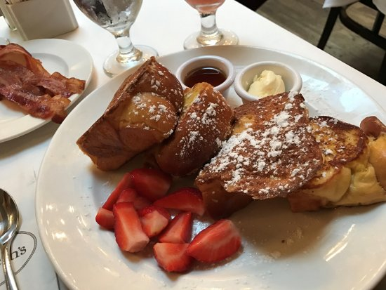 Photo of American Restaurant Sarabeth's at 40 Central Park S, New York, NY 10019, United States