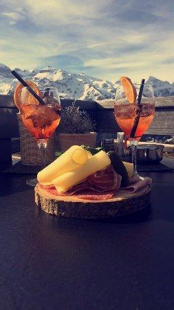 Lenk im Simmental, Sveits: Leckere Bühlberg Angebote 😋