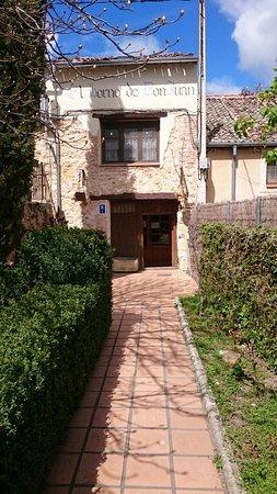 Adrada de Piron, Spain: IMG-20170401-WA0007_large.jpg