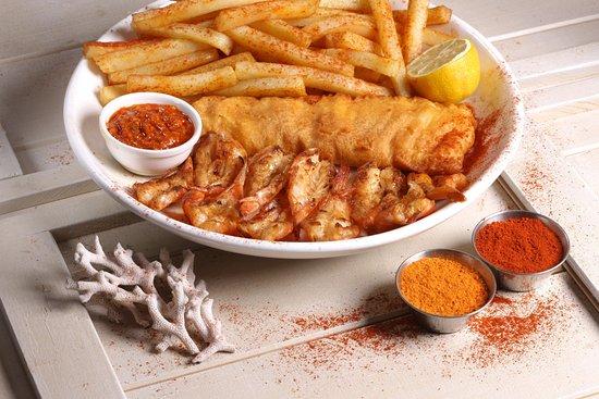 Alberton, Νότια Αφρική: Atlantic Feast - Legendary Hake, 10 Prawns, Fresh Cut Chips