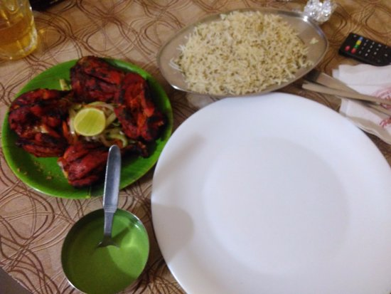 Hotel Royal Harbour: Chicken Tandoori and Jeera Rice