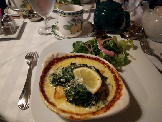 Wheaton, IL: Spinach Crepe and Salad