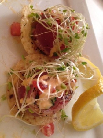 Alfresco Bistro: Raw Tuna Nachos