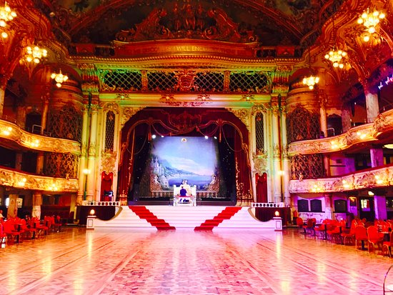 ‪Blackpool Tower Ballroom‬
