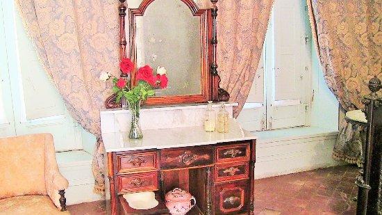 Palacio San Jose: Specchiera