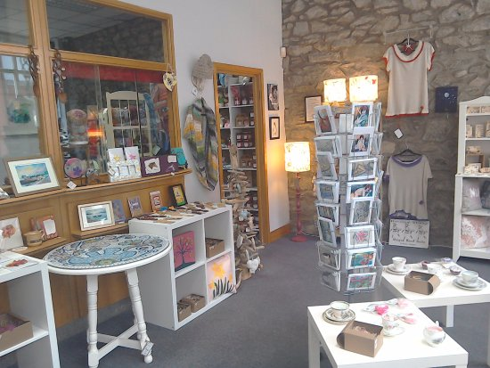 Fishguard, UK: Cards & Small Furniture