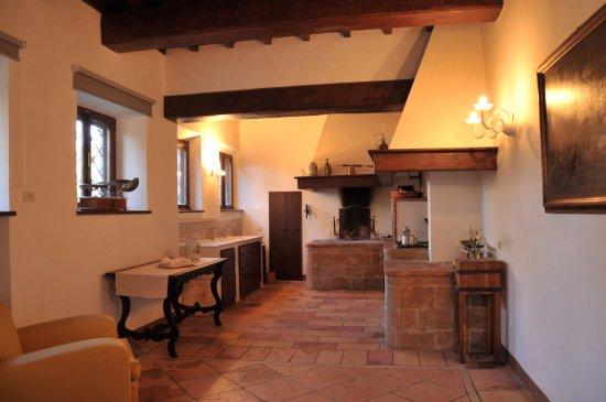 Cucina ad uso dei lienti - Photo de Relais Villa De Angelis, Sant ...