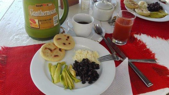Posada El Botuto : Comida de la mañana
