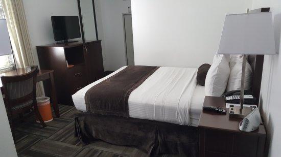 Hotel 140: 20170330_163610_large.jpg