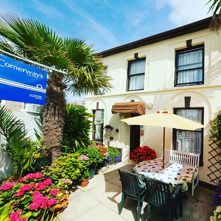 Go private - your home from home in Penzance. Cornerways Guest House