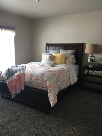 Victor, ID: This is the Master bedroom in our New Kountryside Home
