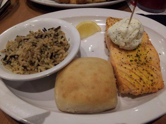Fort Dodge, IA: Lemon Dill Salmon
