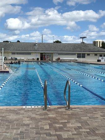 North Palm Beach Country Club Pool