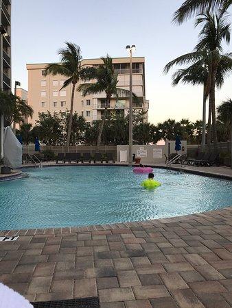Hampton Inn Cocoa Beach/Cape Canaveral: photo1.jpg