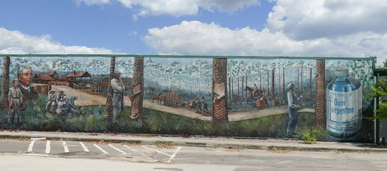 Lake Placid, FL: Turpentine industry mural