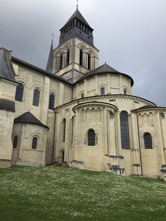 Fontevraud-l'Abbaye, Francia: L abbaye vaut vraiment le détour non seulement pour l histoire mais également pour montrer  à qu