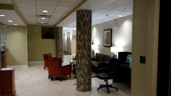 Brook Park, OH: Recepción y Computadoras Publicas