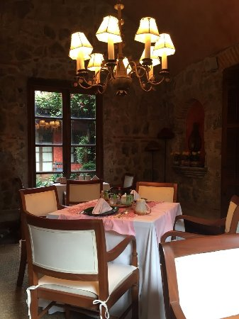Posada Del Angel: Breakfast Room. Cozy and quiet.